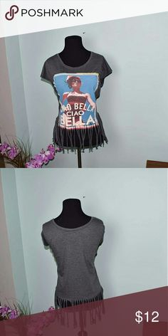 Adorable 'Ciao Bella' Graphic Print Top In excellent condition. Absolutely adorable. Tops Blouses