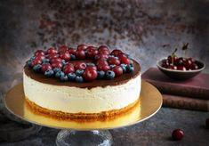 Csokis-meggyes túrótorta - zéró cukor, zéró sütés! | Sweet & Crazy Cukor, Tiramisu, Cheesecake, Sweets, Ethnic Recipes, Food, Sweet Pastries, Goodies, Cheesecakes