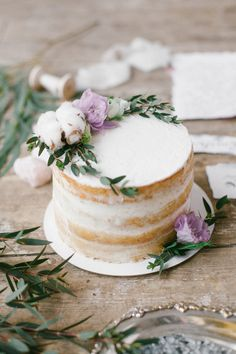 Single tier naked cake | Liliya Bondarenko