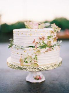 Whimsical Wedding Cake with Gold Leaf and Fresh Flowers   Jessica Burke Photography   http://heyweddinglady.com/craft-beer-brewery-wedding-ideas-style/