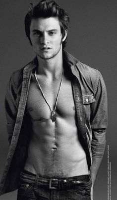 Shiloh Fernandez. I can't even talk about this...