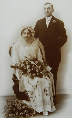 Wedding Photo Early 1900s Bonnet by QueeniesCollectibles on Etsy, $8.99