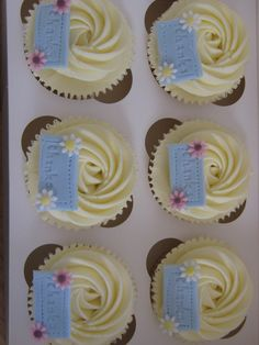 'Thank you' cupcakes