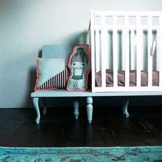 Ledikant & stoel in 1 #design #babymeubel | by June via kinderkamerstylist