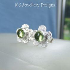Peridot Rustic Flowers - Sterling Silver Stud Earrings - Gemstone Flower Studs £34.00