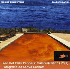 La portada del disco Californication de los Red Hot Chilli Peppers tiene en su portada una fotografía de Sonya Koskoff, este álbum marco el renacimiento de la banda debido al regreso de su guitarrista John Frusciante.