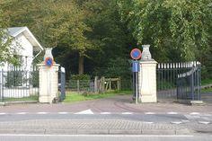 Groenendaal, ingang aan de westkant. Bouwjaar: eerste kwart 18e eeuw.