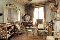 В Париже обнаружили квартиру, простоявшую нетронутой более 70 лет