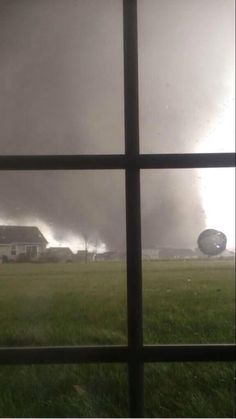 Monster tornado just east of Peoria, Illinois
