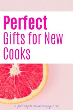 Check out this helpful list of 10 Perfect Gifts for the New Home Chef! These are great gift options with the holidays right around the corner. Gifts For Boss, Love Gifts, Gifts For Women, Best Gifts, Fun Gifts, Holiday Gift Guide, Holiday Gifts, Presents For Her, Christmas Gifts For Mom