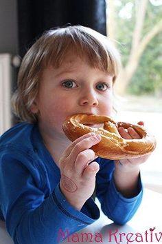 Brezeln selber backen für Kinder einfach