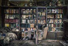 Abandoned House in Belgium  www.daydelosmuertos.blogspot.com