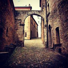 L'Arco Etrusco nel centro storico #terredelpiceno