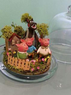 Cuento de los tres cerditos por Inés Moreno miniaturines