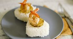 How to Make Lemon Butter Shrimp With Dried Italian Seasoning (Baked in Oven). If you have ever been bored with boiled shrimp and cocktail sauce, you'll want to try this easy and delicious recipe. You only need 3 ingredients and less than a. Oven Recipes, Shrimp Recipes, Cooking Recipes, Shrimp Meals, Seafood Meals, Party Recipes, Yummy Recipes, Recipies, Dinner Recipes