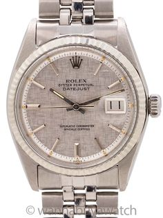 Rolex Datejust SS/14K WG Linen Dial ref 1601 circa 1977 - Rolex Datejust stainless steel ref 1601, serial# 2.4 million circa 1969. Featuring 36mm diameter Oyster case with acrylic crystal, and very distinctive silver satin, linen finish dial with applied silver indexes and silver baton hands. The dial is truly the standout here. The linen dials are not only incredibly rare compared to the other dial variants, but they are absolutely stunning, with deep texture and grain. The watch is powered… Rolex Models, Modern Watches, Rolex Datejust, Bracelet Sizes, Absolutely Stunning, Oysters, Rolex Watches, Satin, Stainless Steel