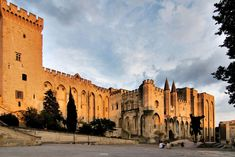 An Introduction to Provence's Architecture in 10 Buildings