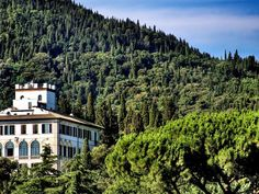 Housed in a refurbished 15th-century Renaissance villa 2 miles from Fiesole, in the rolling Tuscan hills, Il Salviatino is your dream Italian escape come to life.