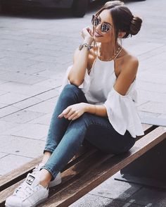 Casual Style: credit @caro_e_ #americanstyle #ootd