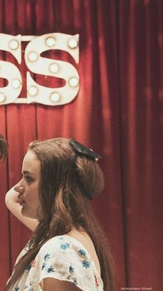 Fondos Goals - Fushion News Tumblr Wallpaper, Screen Wallpaper, Iphone Wallpaper, Best Friend Wallpaper, Couple Wallpaper, Kissing Booth, Matching Wallpaper, Foto Art, Romantic Movies