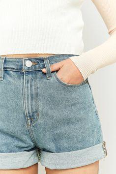 46 meilleures images du tableau B O T T O M   Denim shorts, Short ... a562bda824ee