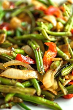 Green Beans Asian Style - Beautifully caramelized onions and peppers are sweet t. - Green Beans Asian Style – Beautifully caramelized onions and peppers are sweet to the taste and m - Veggie Side Dishes, Vegetable Dishes, Side Dish Recipes, Food Dishes, Asian Recipes, Asian Side Dishes, Recipes Dinner, Dessert Recipes, Green Bean Dishes