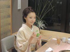佳つ乃 - Google 検索 Japanese Geisha, Japanese Kimono, Wedding Kimono, Japanese Hairstyle, Nihon, Classy Women, Asian Woman, Asian Beauty, Hair Makeup