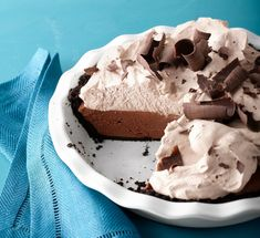 No-Bake Chocolate Mousse Pie Recipe: We opted to make this no-bake pie with a cookie crust, which shaves 30 minutes off the total time. Get the easy dessert recipe here. No Bake Summer Desserts, Christmas Desserts, Easy Desserts, Delicious Desserts, Dessert Recipes, Icebox Desserts, Summer Deserts, Cold Desserts, Gourmet Desserts