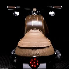Custom Motorcycle BMW R65 Seat and BAck light