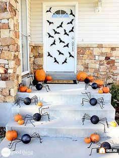 One Good Thing by Jillee, 20 Fabulously Spooky Halloween Front Porches via A Blissful Nest