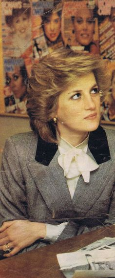 On March 20,1984 Diana made a private visit to the 'Woman's Own' magazine offices at IPC magazines at Waterloo, London. It is one of the largest women's magazines in the U.K. She wore a grey herringbone tweed coat with a black velvet collar, worn over a cream coloured blouse.