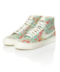 Nike Kicks It Old School With New Floral-Printed Liberty Line  LOVE