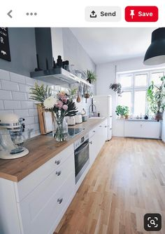 modern kitchen decor and white kitchen decor turns your home decor into a profitable flow of energy Farmhouse Sink Kitchen, Home Decor Kitchen, Kitchen Interior, Home Kitchens, Kitchen Dining, Kitchen Cabinets, Kitchen Backsplash, Backsplash Design, Interior Plants