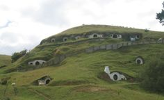 Is there hobbits in New Zealand?