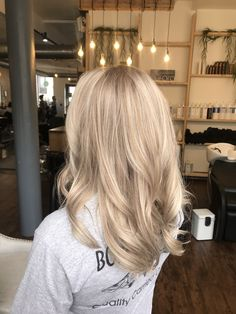 Element on Water is Syracuse's premier hair salon offering the latest hair techniques & forward looks. Beige Blonde Hair Color, Sandy Blonde Hair, Neutral Blonde, Blonde Hair Looks, Babylights Blonde, Balayage Hair Blonde, Hair Color Guide, Pinterest Hair, Hair Inspiration