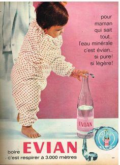 L'éternelle bouteille à l'étiquette rose toute simple. #water #vintage #1960s #eau