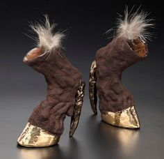 taxidermy heels by Iris Schieferstein Hoof Shoes, Shoes Heels, Pumps, Crazy Shoes, Me Too Shoes, Weird Shoes, Funny Shoes, Crazy Women, Unique Shoes
