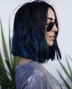 40 Popular Ideas for Short Blue Hair 2019 - Hair - Hair Dark Purple Hair Color, Dark Blue Hair, Blue Ombre Hair, Medium Hair Cuts, Medium Hair Styles, Curly Hair Styles, Midnight Blue Hair, Short Blue Hair, Grunge Hair