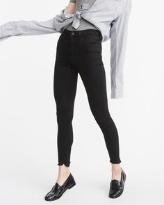 A&F Women's High-Rise Ankle Jeans in Black - Size 32L
