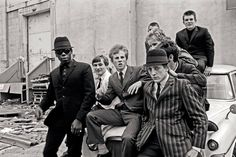 Fred Perry, Proud Boys, and the Semiotics of Fashion I The Hampton Institute Ska Punk, Memphis May Fire, Rockabilly, Mod Fashion, Fashion Mode, Sixties Fashion, Fashion Shoes, Elvis Presley, Estilo Mod