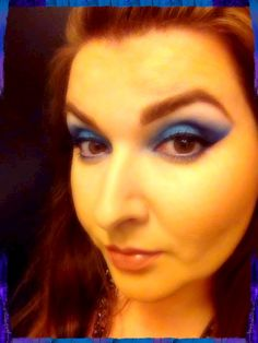 Blue eyes - all MAC products used. Electric eel, Atlantic blue,winkle, tilt, brule, and a bit of naked pigment. Love it
