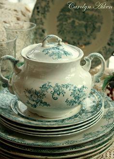 Real estate, House and Home: Teal Green Transferware Green China, Teal Green, Shades Of Green, China China, Blue, Vintage Dishes, Vintage China, Antique China, Keramik Vase