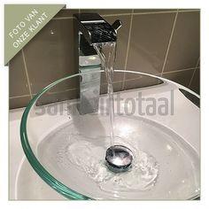 Glazen waskom, watervalkraan badkamer, waterval kraan