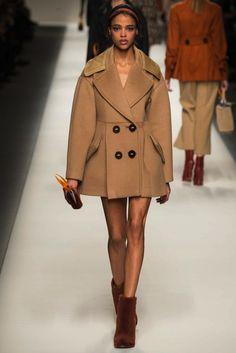 Fendi Herfst/Winter 2015-16 (24)  - Shows - Fashion