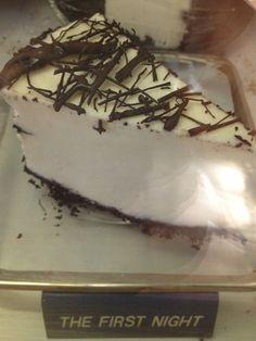 Ice Cream Pies, Hawaii Life, First Night, Cake, Desserts, Food, Tailgate Desserts, Deserts, Kuchen