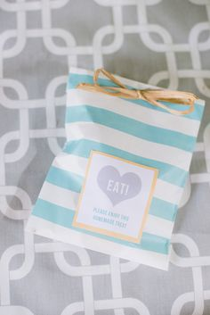 Adorable favors bag | Photography by Brandi Welles / brandiwellesphotographer.com | Style Me Pretty Living