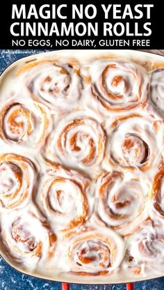 No yeast cinnamon rolls made with magic 2 ingredients dough! Fluffy and delicious, these cinnamon rolls are made without eggs or dairy! Vegan and gluten free! Cinnamon Rolls Without Yeast, Cinnamon Rolls From Scratch, Cinnamon Roll Icing, Gluten Free Cinnamon Rolls, Gluten Free Baking, Healthy Cinnamon Rolls, Ww Recipes, Baking Recipes, Candida Recipes