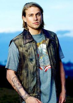 MY SONS OF ANARCHY/CHARLIE LOVE  CHARLIE HUNNAM