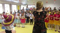 """Zabawa meksykańska"" Music Lessons For Kids, 5 W, Impreza, Zumba, Party, Youtube, Country, Music Classroom, Art Rooms"