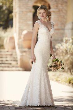 Essense of Australia Wedding Dress / Style D2159